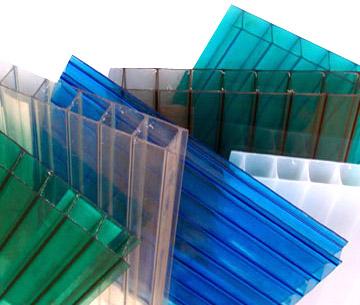 Cung cấp tấm lợp mái nhựa thông minh lấy sáng làm giếng trời chống chọi thời tiết nắng mưa - Bảng báo giá 2015