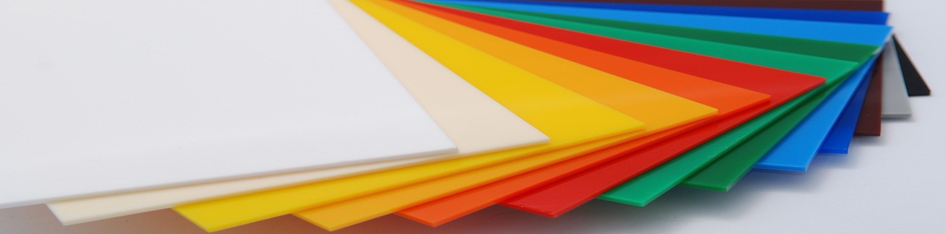 Tấm nhựa lấy sáng thông minh polycarbonate Sơn Băng