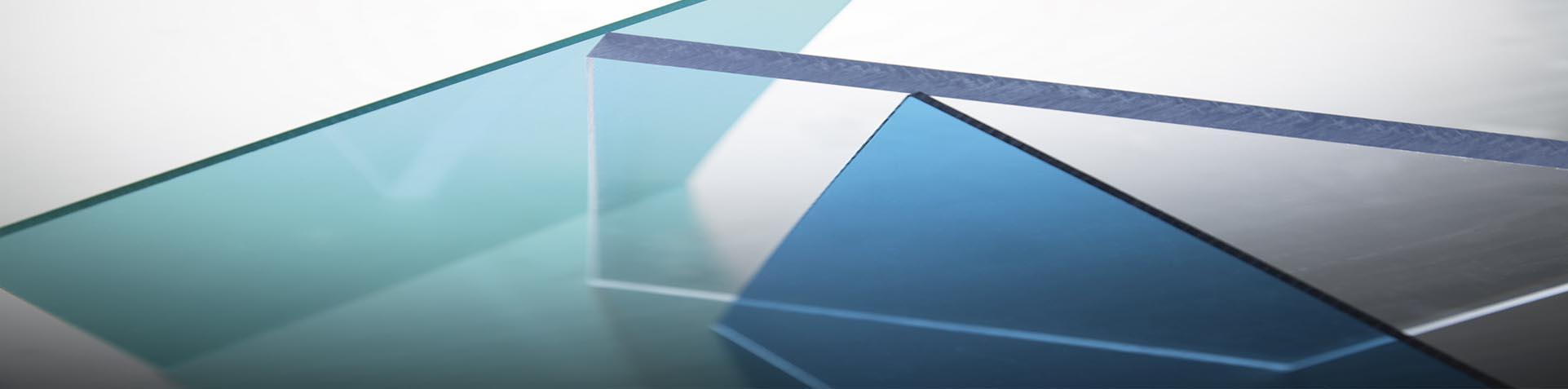 Tấm lợp lấy sáng thông minh polycarbonate Sơn Băng